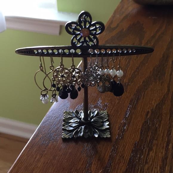 Jewelry - Earrings in a holder
